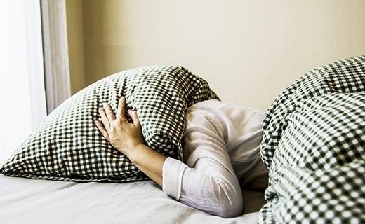 ¿Por qué no puedo dormir? Conoce las causas y tipos de insomnio