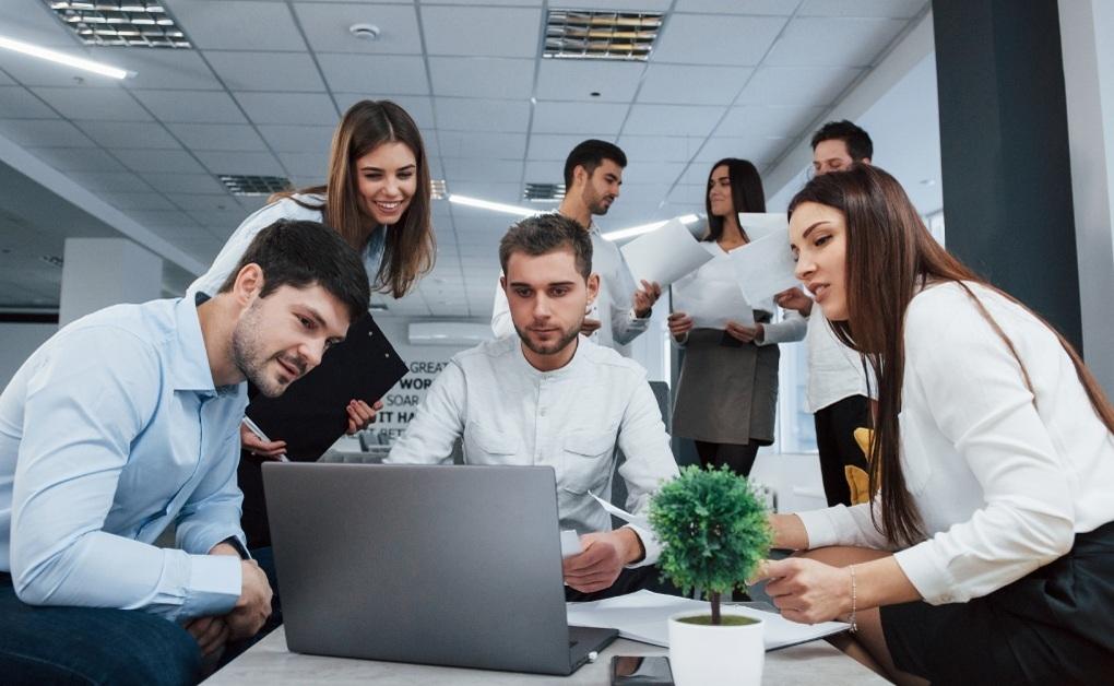 Gestión adhocrática empresarial: ¿cómo lograrla?